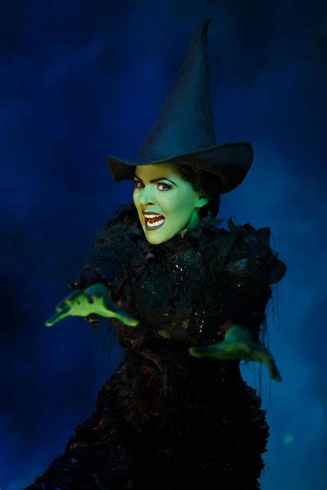'Wicked' grosses $1 billion on Broadway, joins 'The Lion
