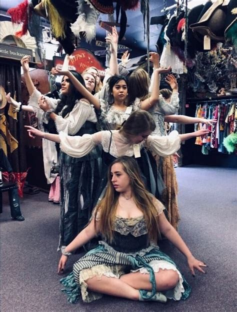REVIEW – UIL Theatre presents One-Act Play 'Eurydice