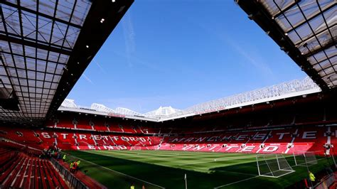 Middlesbrough fans travel in huge numbers to Old Trafford
