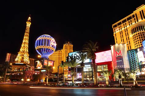 Attractions to See and Skip in Las Vegas - Le Chic Geek