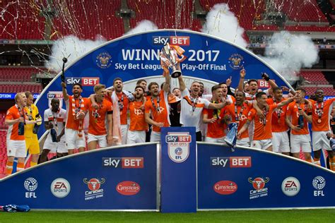 Report: Blackpool 2 Exeter 1 - Pool Are Promoted! - News