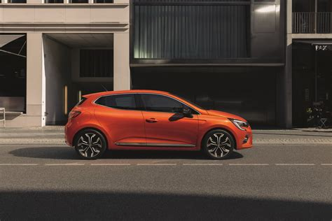 2019 Renault Clio Adds R